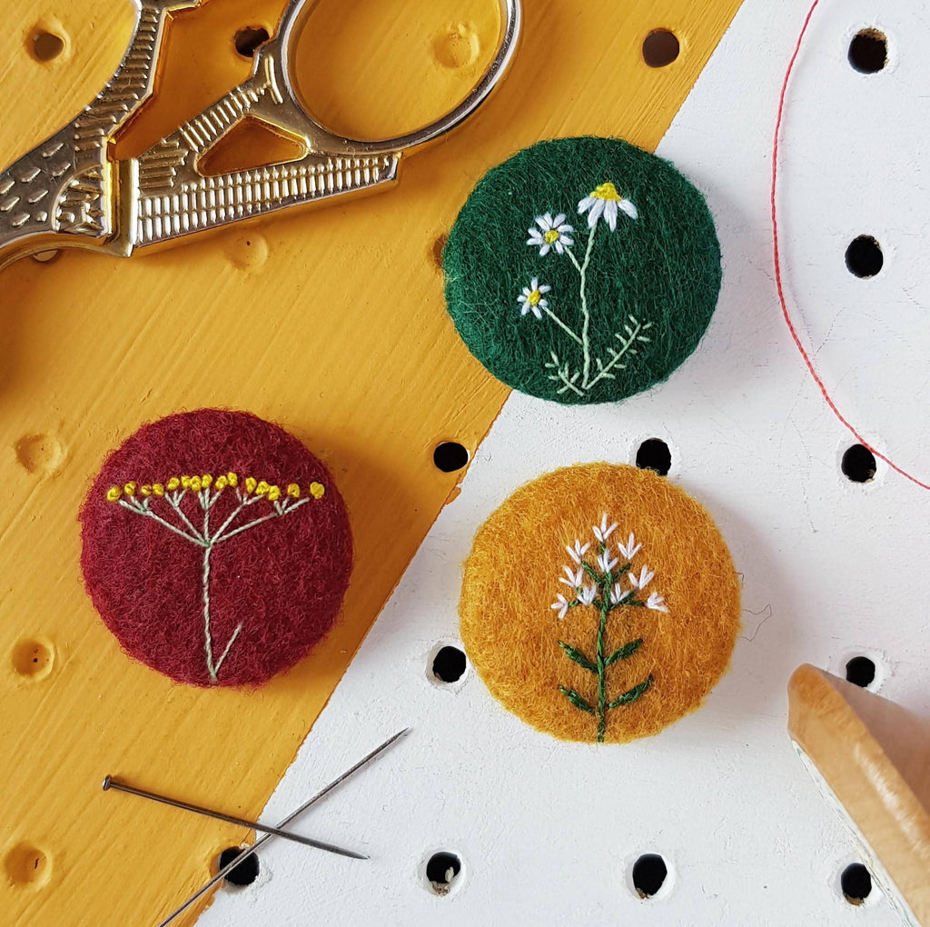 Floral herb badge set