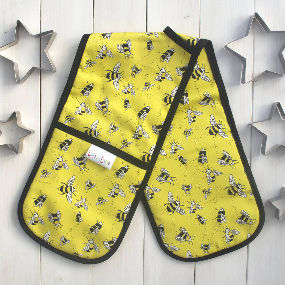 Buzzy Bees Double Oven Gloves