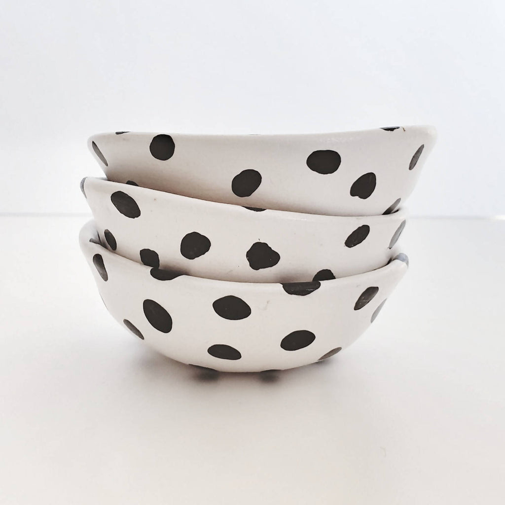 Small spotty trinket dish