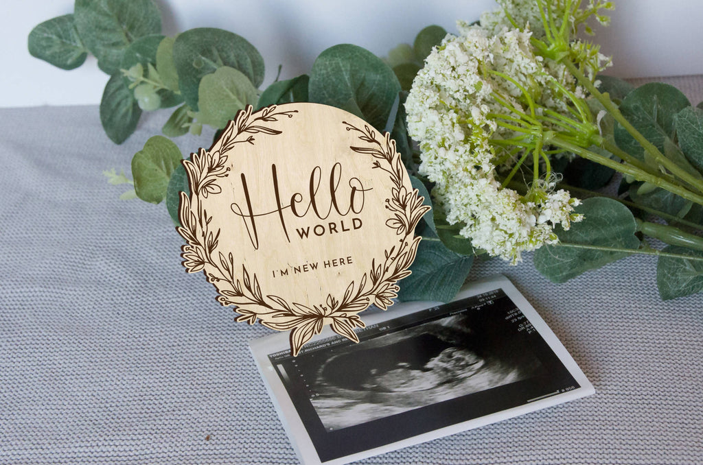 floral wreath Newborn Baby announcement disc