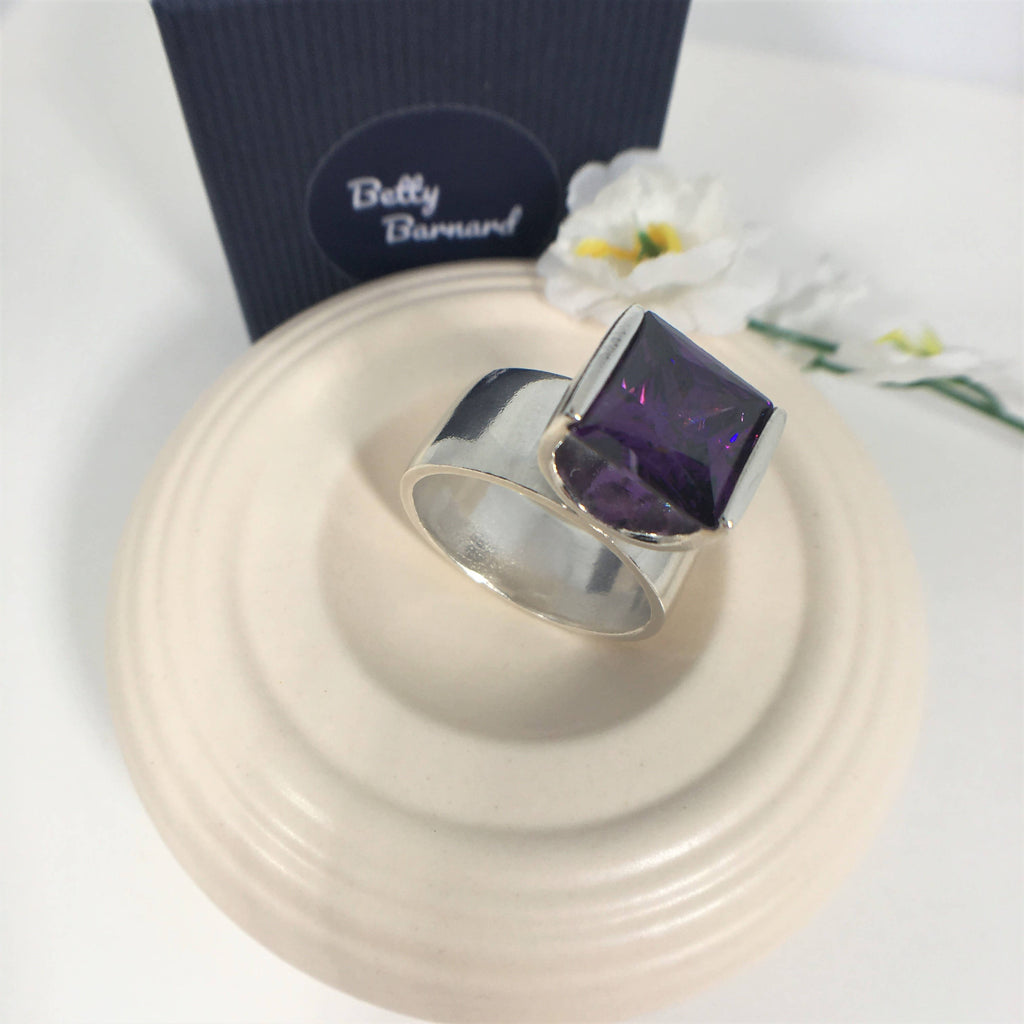 Sterling Silver Amethyst Cubic Zirconia Tension Set Statement Ring - Hallmarked