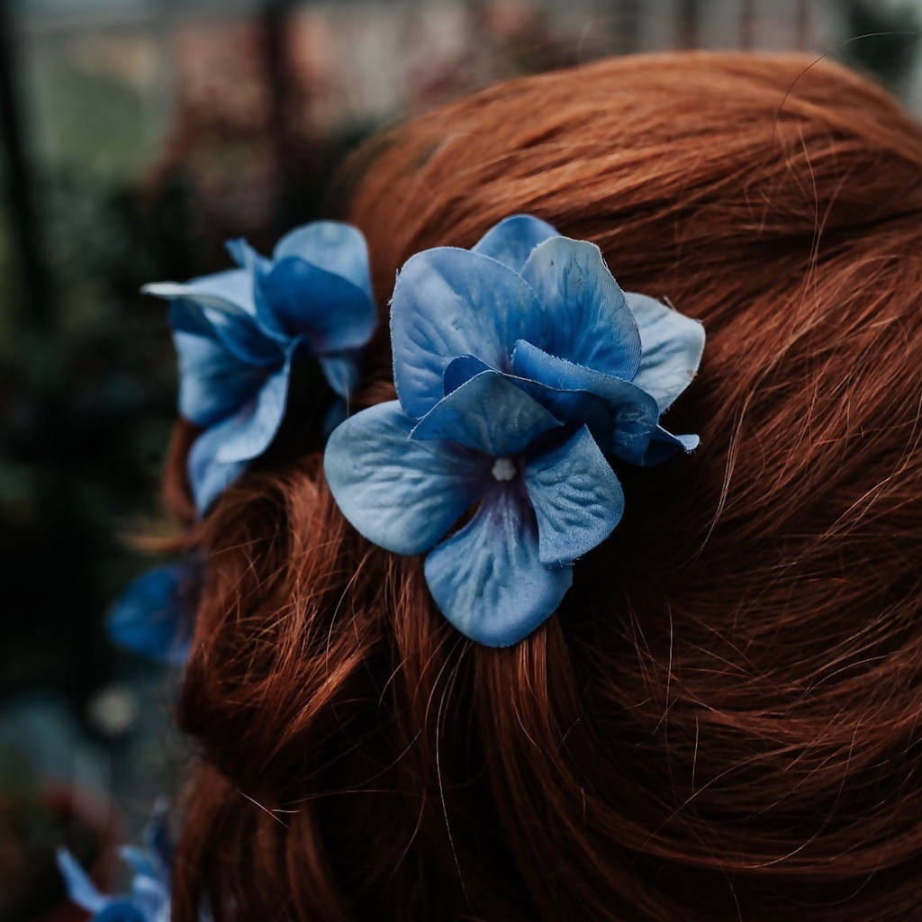 Eleanor Hydrangea Hair Pin