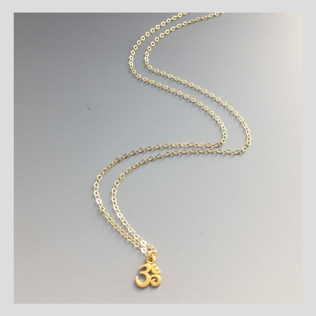 Peace in Music small 14k Gold Ohm Necklace