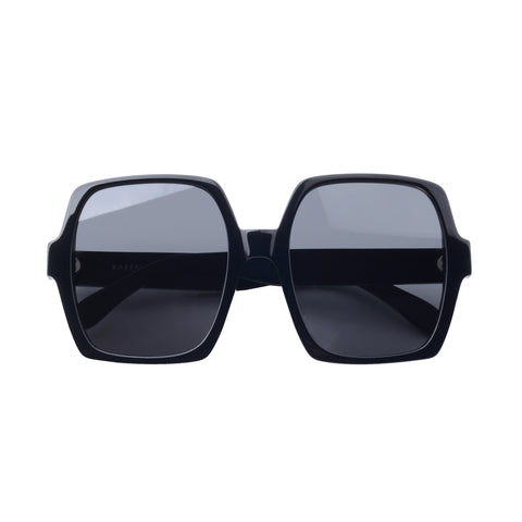 Square sunglasses with black lenses and black frames | Acetate | Kaia | Women's sunglasses | Karen Wazen Eyewear