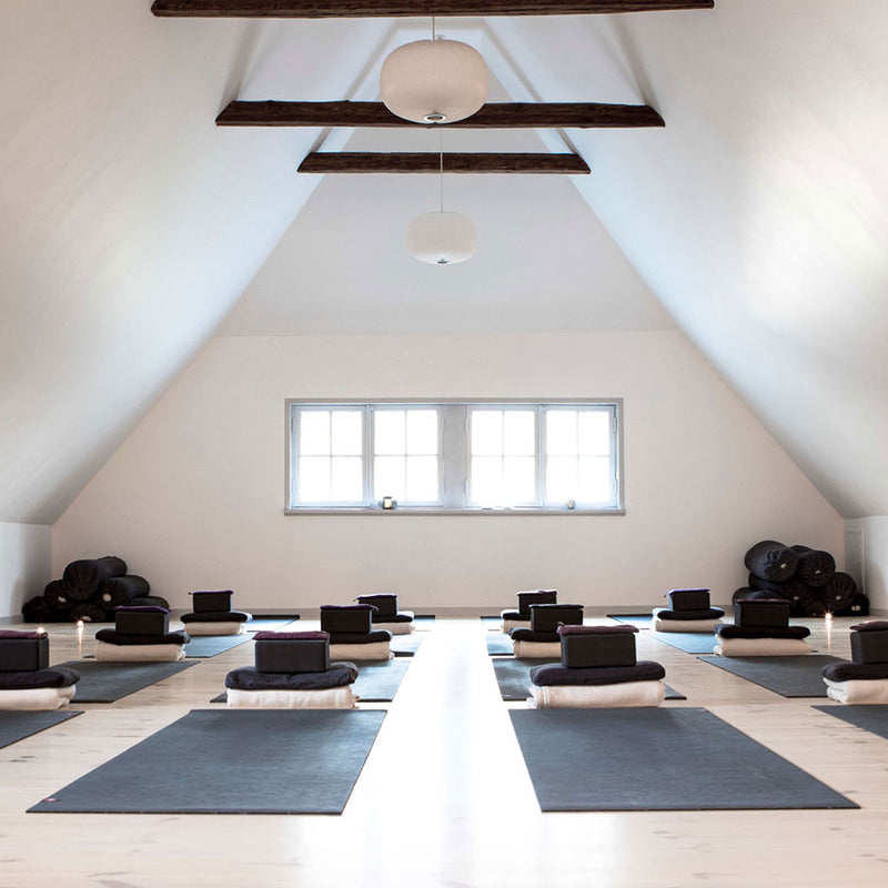 Yoga Retreat på Samsø d. 9. - 11. juli, 2021 for 2 pers. i db.værelse - DEPOSITUM