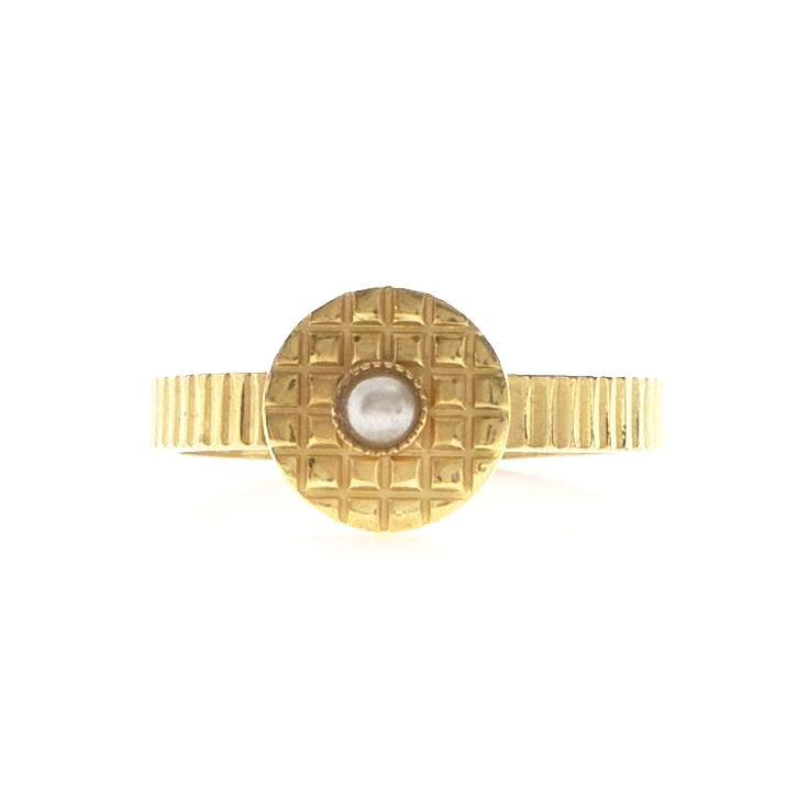 KAMAR Adjustable Ring Pearl