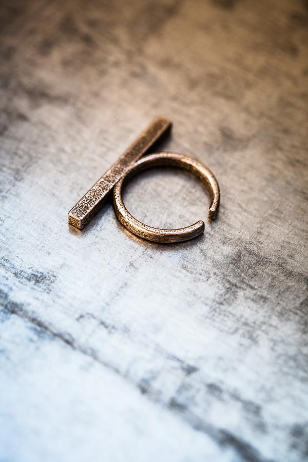 Stickii Bronze Steel Ring Long
