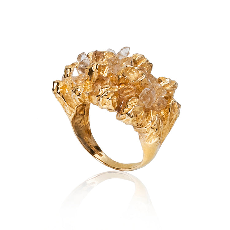 Under Earth Cocktail Gold and Diamonds Ring