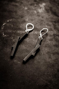 Stickii Black Earrings