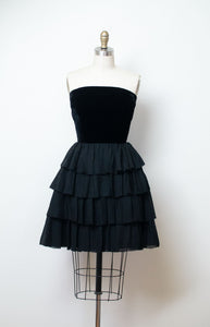 1960s Strapless Black Ruffled Dress | Rappi