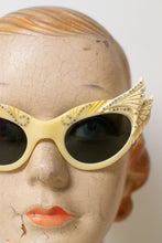 Load image into Gallery viewer, Reserved 1950s Winged Cat Eye Sunglasses