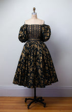 Load image into Gallery viewer, 1980s Floral Print Puff Sleeve Dress