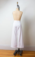 "Load image into Gallery viewer, 1940s White Sailor Pants | 30"" - 31"" waist"