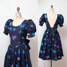 Load image into Gallery viewer, 1980s Floral Print Laura Ashley Dress / 80s Puff Sleeve Open Back Cotton Dress