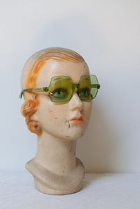 1970s Square Sunglasses | Green