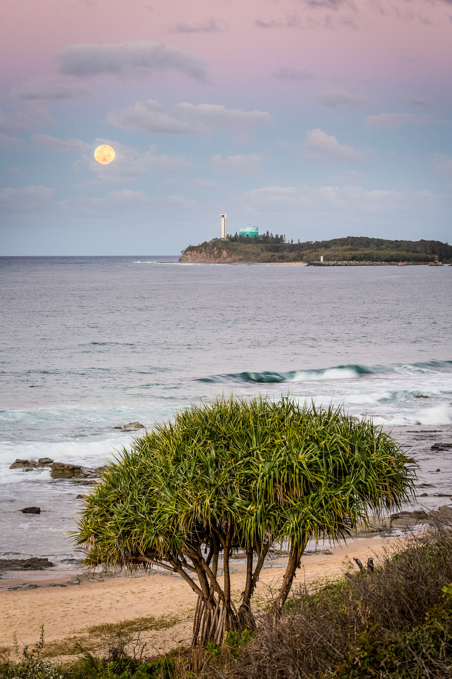 The Salty Pixel - Mooloolaba Moon - [product_tags]