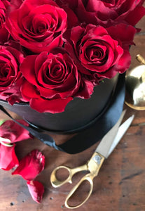 Luxe Boxed Roses