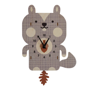 squirrel pendulum clock