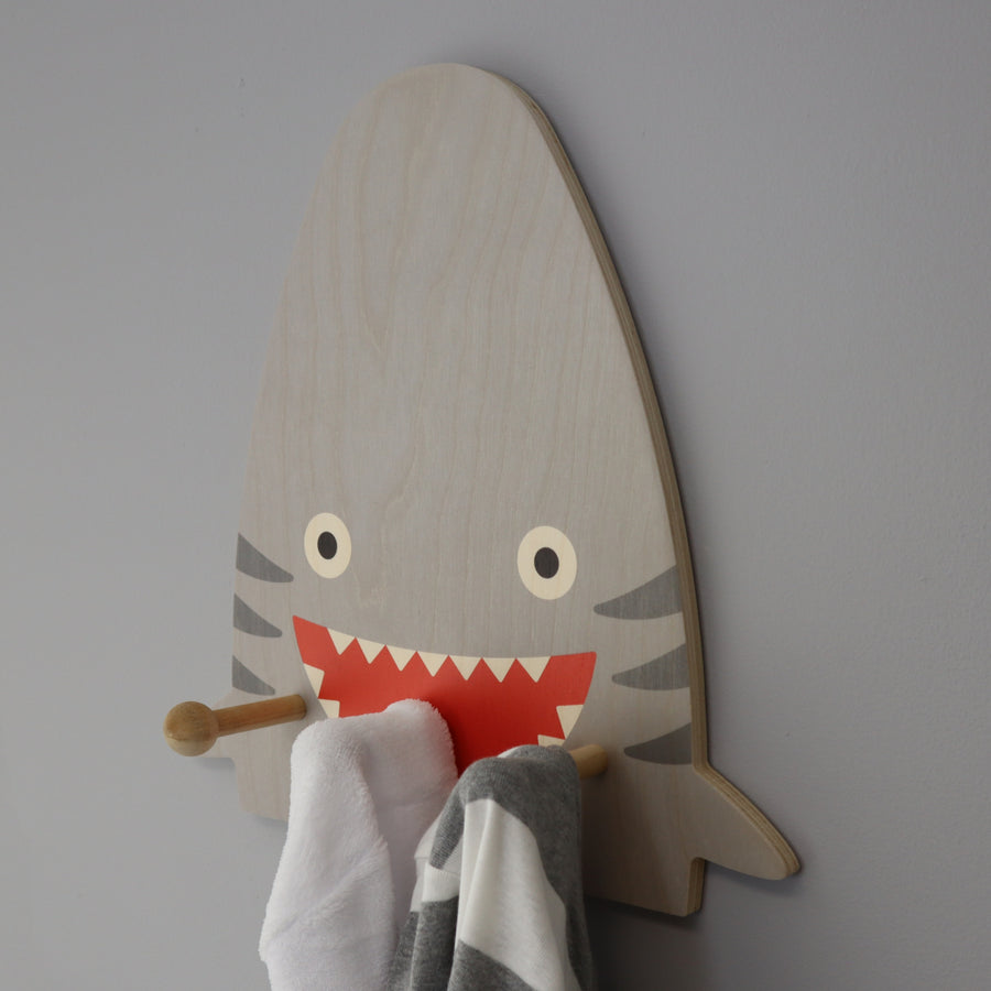 shark wall pegs