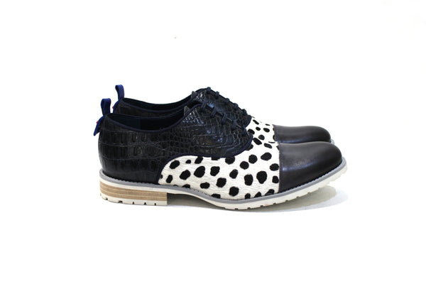 Nairobi is a shoe for demanding men with lots of personality, adapting to various styles.