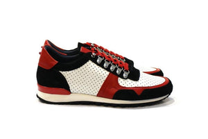 Virtue is a sneaker for a modern men with lots of personality, adapting to various styles.