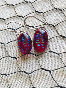Speckled Red Oval Earrings