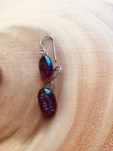 Load image into Gallery viewer, Speckled Red Oval Earrings