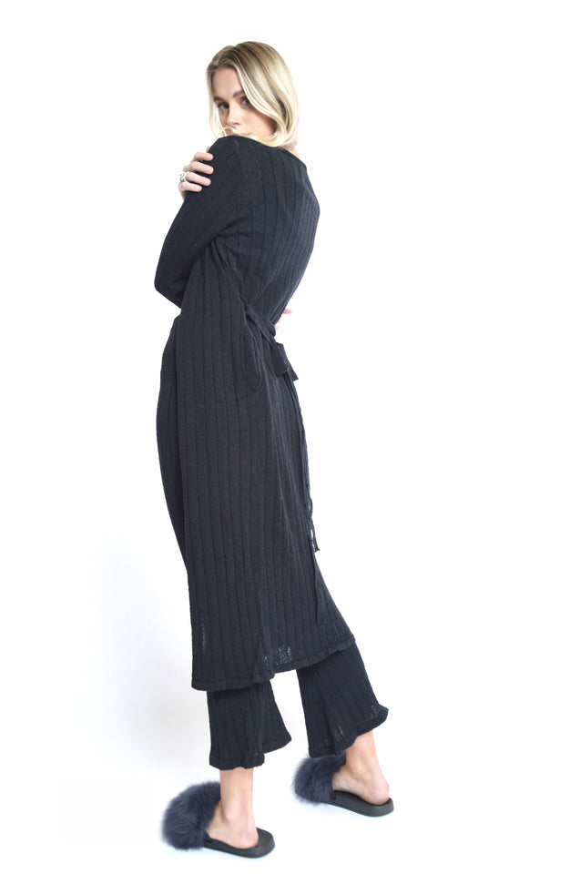 Yana Duster - BLACK