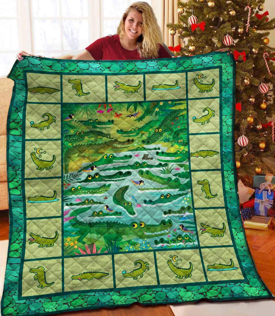 Alligator Blanket Quilt - g-boxes
