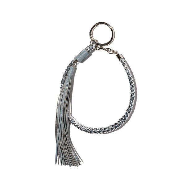 WOVEN BAG CHARM KEYHOLDER WITH GREY TASSLE