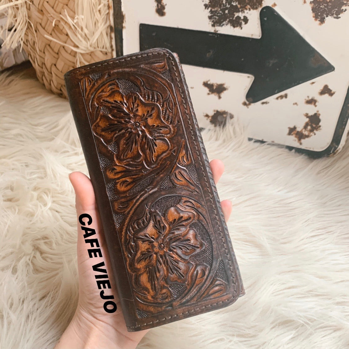 Rory [Tooled Wallet]