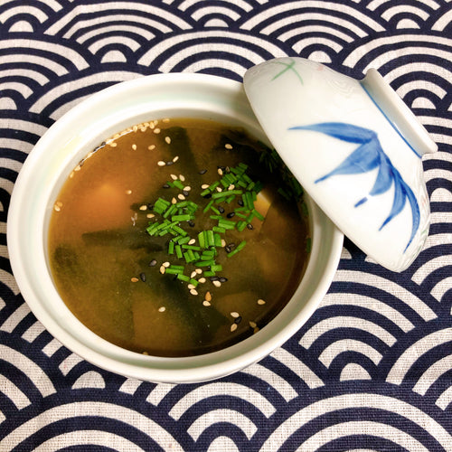 Miso Suppe med Laks