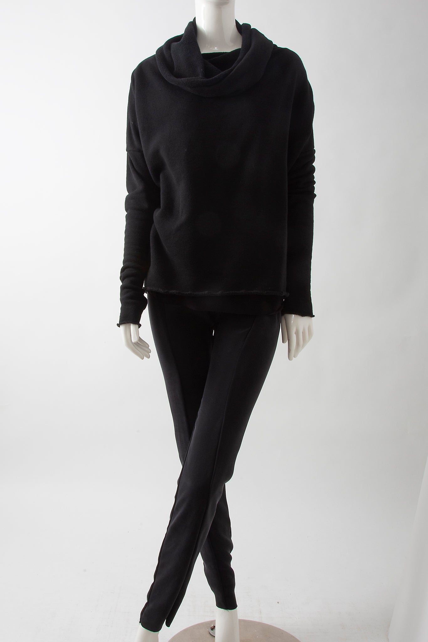 Cowl Crop Taper Sweatshirt