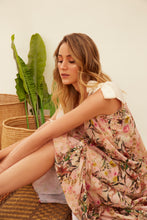 Load image into Gallery viewer, woman, dress, vestido,flowers, flores, new, terracotta, unique, beautiful, style, fashion, trendy, instagood, instadaily, shippinworldwide, onlineshopping, dayanamendozashop, shopdayanamendoza