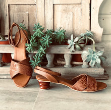 Load image into Gallery viewer, shoes, colombian, leather, handmade, woman, brown, sandals, new, unique, style, instagood, instadaily, fashion