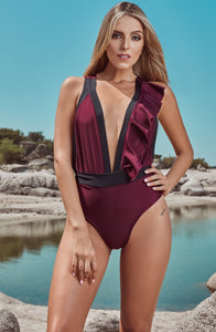 Newtrends, meaningfulshopping, manosalaobraporvenezuela, aidforaids, help, contribute, swimwear, traje de baño, woman, sun, sol, summer, verano, beach, playa, red wine, vinotinto, style, fashion, beautiful, instagood, instadaily, shippingwolrdwide, onlineshopping, dayanamendozashop, shopdayanamendoza