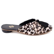 Load image into Gallery viewer, shoes, mules, colombian, animal print, black, cheetah, woman, fashion, unique, style, beautiful, unique