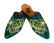 Load image into Gallery viewer, Embroidered Flat Mules green, colombian, Embroidered Flat Mules, Handmade, shoes, trendy, style, fashion, comfortable, unique