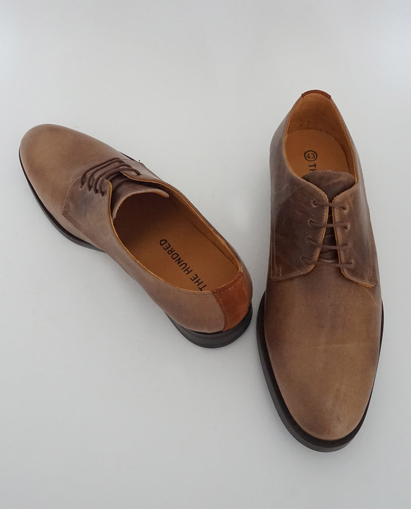 Zapato Oxford Cuero Marrón frontal - The Hundred Shoes