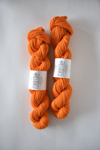 QANCHIS MERINO BABY ALPACA // worsted-aran weight // toasted trigo