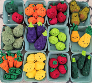 Crochet Fruits and Veggies - Find the amigurumi food patterns here!