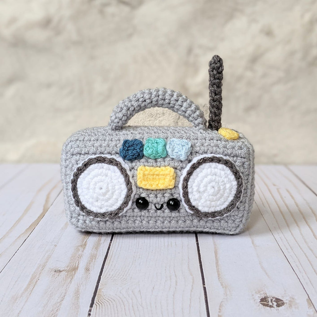 Maker Monday - Remix Radio from Cloud9Knots