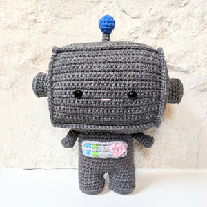 Maker Monday - Beep the Robot by Storyland Amis!