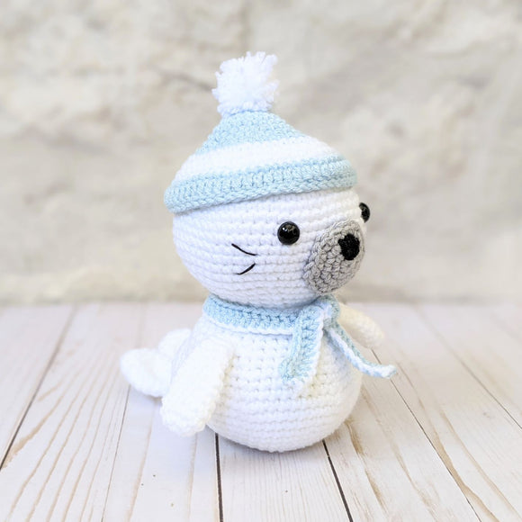 Sammy the Seal Crochet Pattern, Amigurumi Seal from Little Muggles