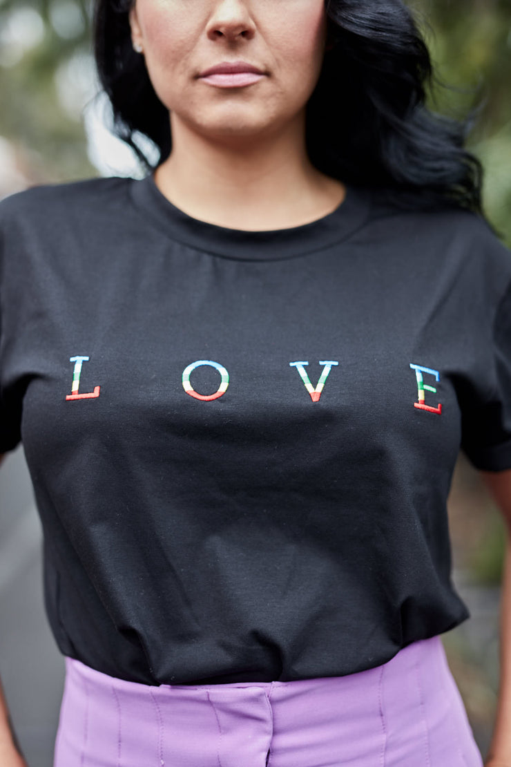 Love Me Tee Avail Black & White