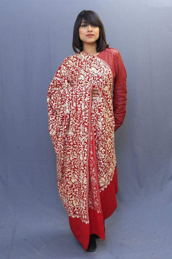 With The Base Of Red Colour This Pastel Rich Jaal Gives