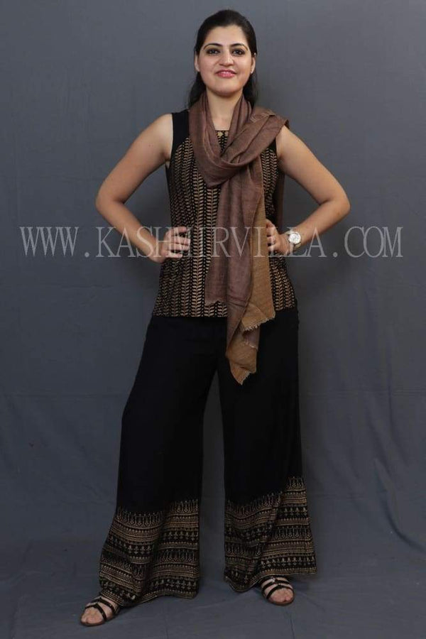 Brown Colour Reversible Shawl With Beautiful One Sided