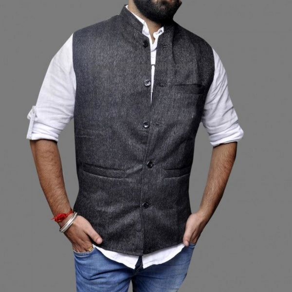 Very Trendy Grey Textured Waist Coat With New Look High