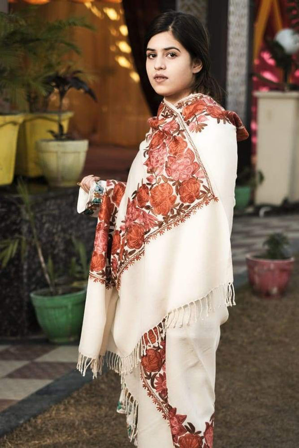 White Color Kashmiri Shawl With Aari Jaal Gives A Trendy