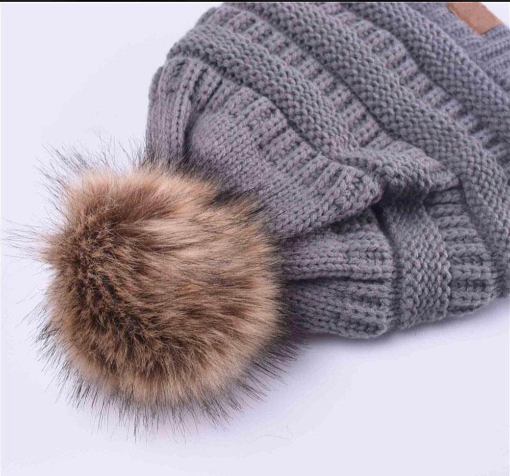 Pom-Pom Winter Hat - For Sure Fashion Boutique